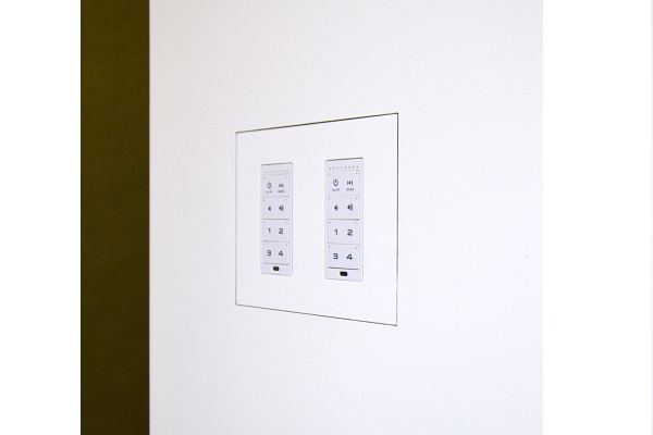 Autonomic announces flush mount kits for KP6 keypad now available from Wall Smart